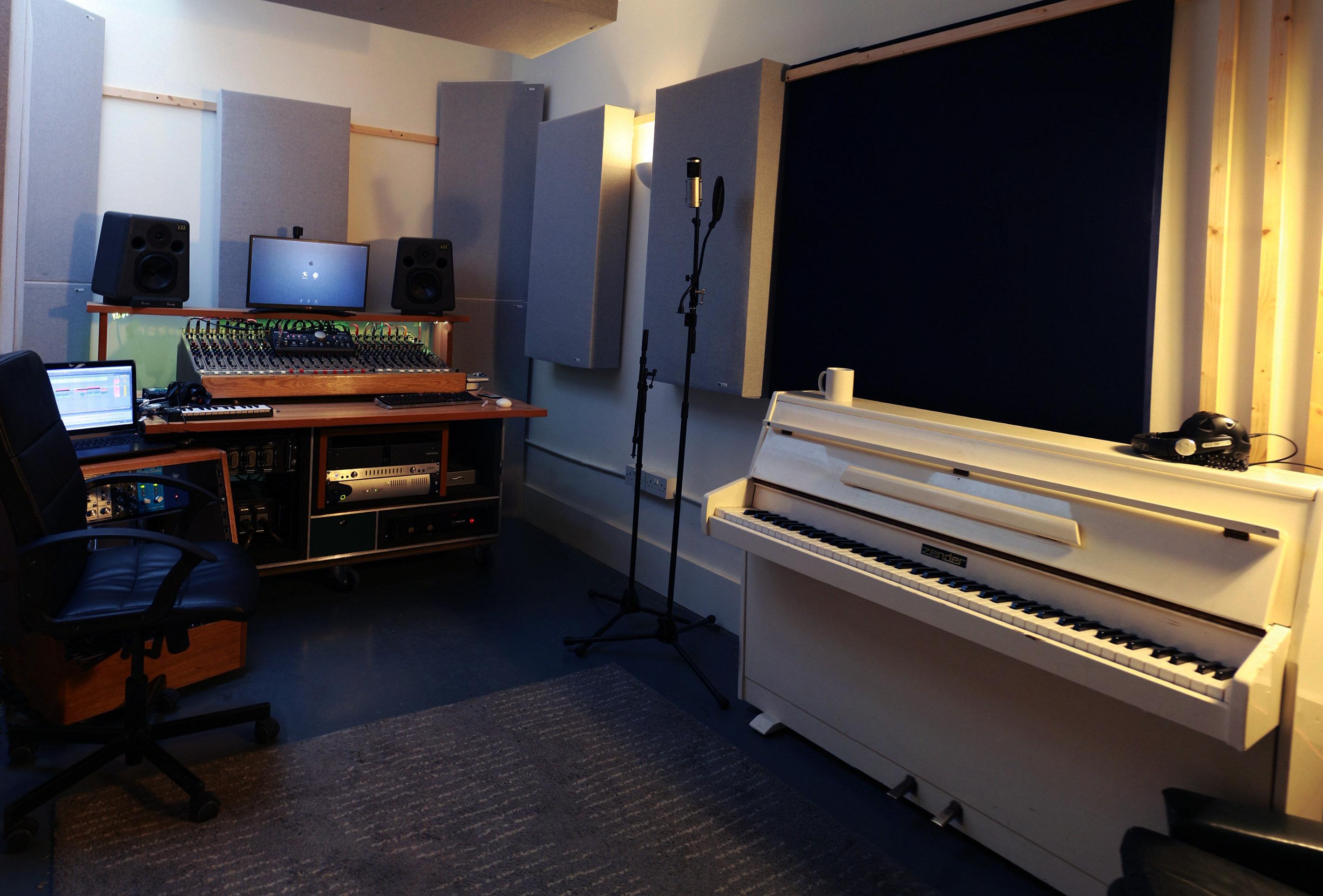 Swell La Boutique Studio Recording Studio London The White Room Largest Home Design Picture Inspirations Pitcheantrous