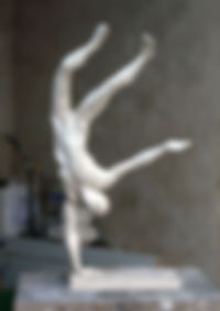 sculpture en platre. premier tirage depuis la sculpture en argile