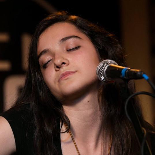 Eva Perrin Fontana - singer - Eve