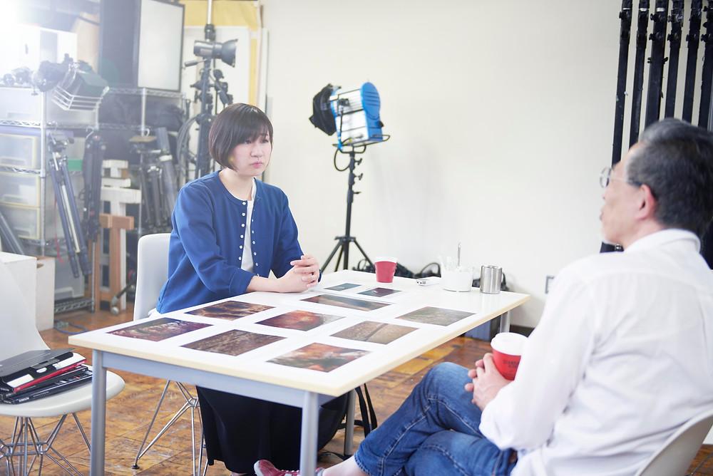 高崎事務所内でのインタービュー