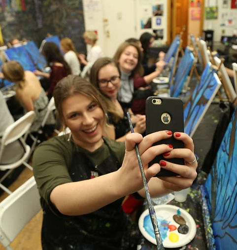 Group Selfie Paint Class Beginners Sip Newcastle Tyneside