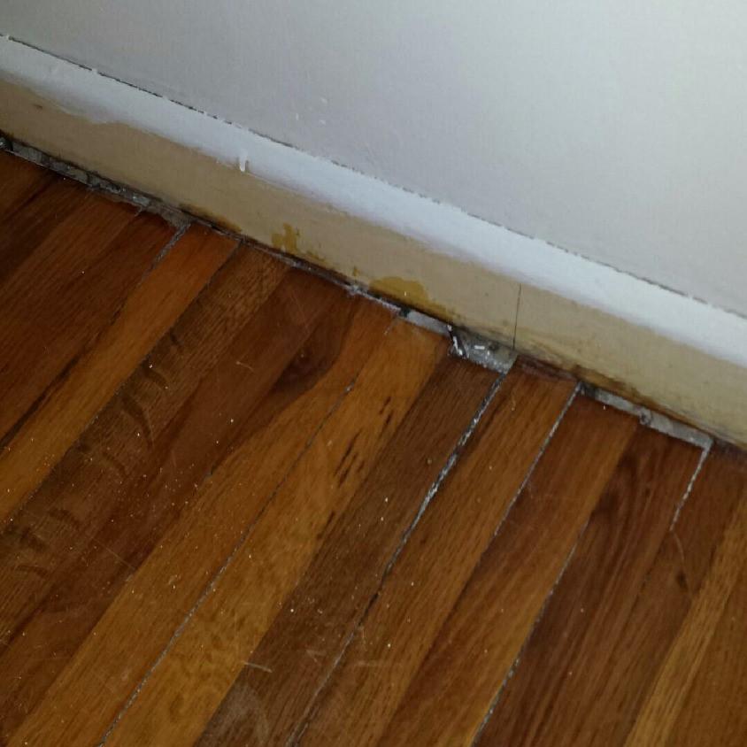 Splitting Hardwood Flooring