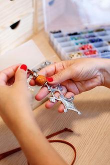 Asesoria para la creación de bisutería artesanal