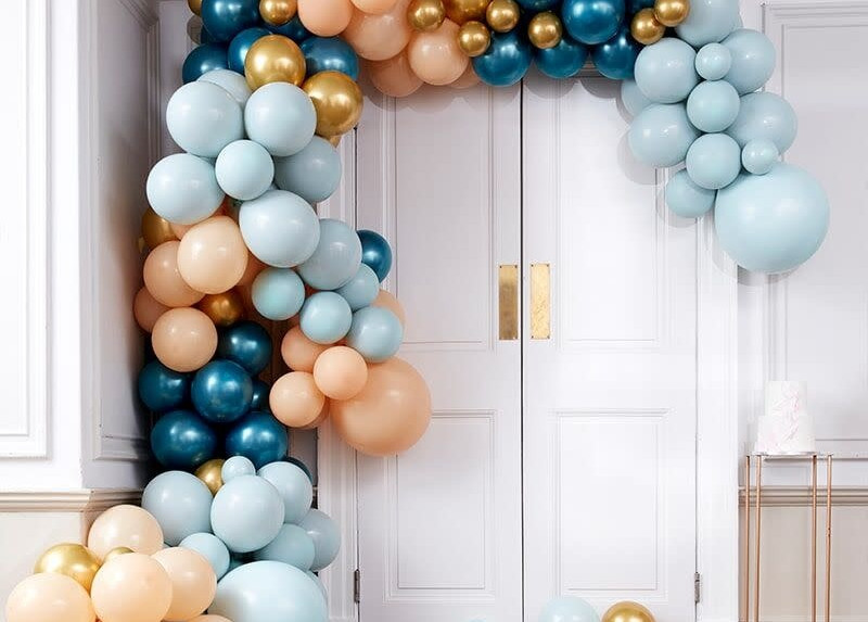 gingerray-luxe-teal-and-gold-chrome-balloon-arch-k.jpeg