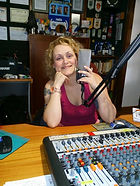 Carla e o microfone.....jpg