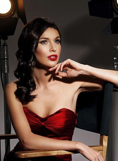 Red Carpet Lash & Beauty Bar brow bar