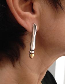 Wearing my Dragonfly earrings.  £190