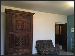 armoire béarnaise, accès au salon