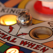Gottlieb Kings & Queens 4 holes sequence centre of restored playfield