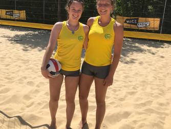 Lotti Ertner und Charlotte Overbeck spielen stark auf bei U-18 Turnier