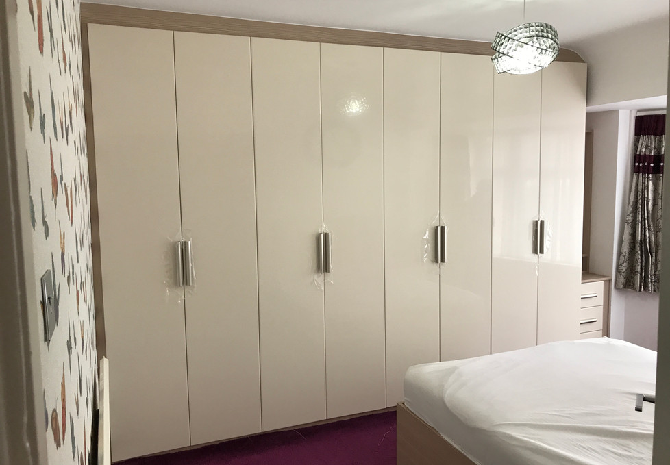 Full Width Fitted Wardrobes