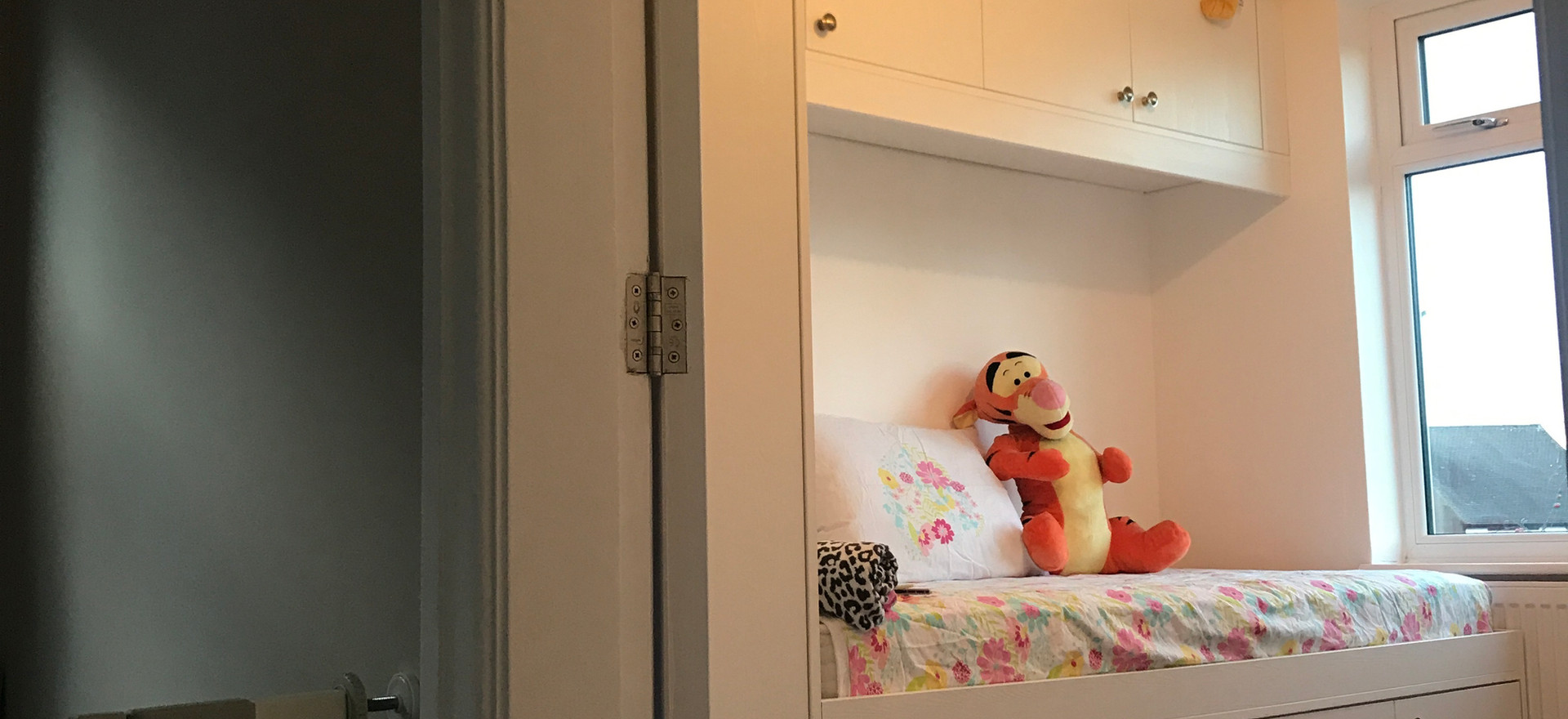 Child Fitted Bed and Storage