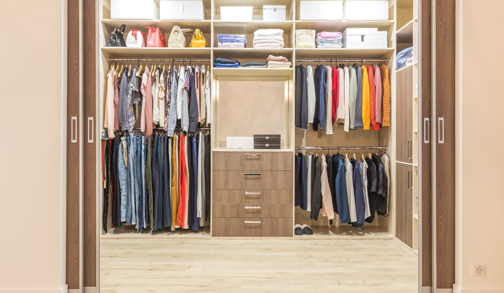Modern Walk In Wardrobe