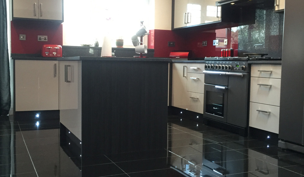Red Themed Fitted Kitchen