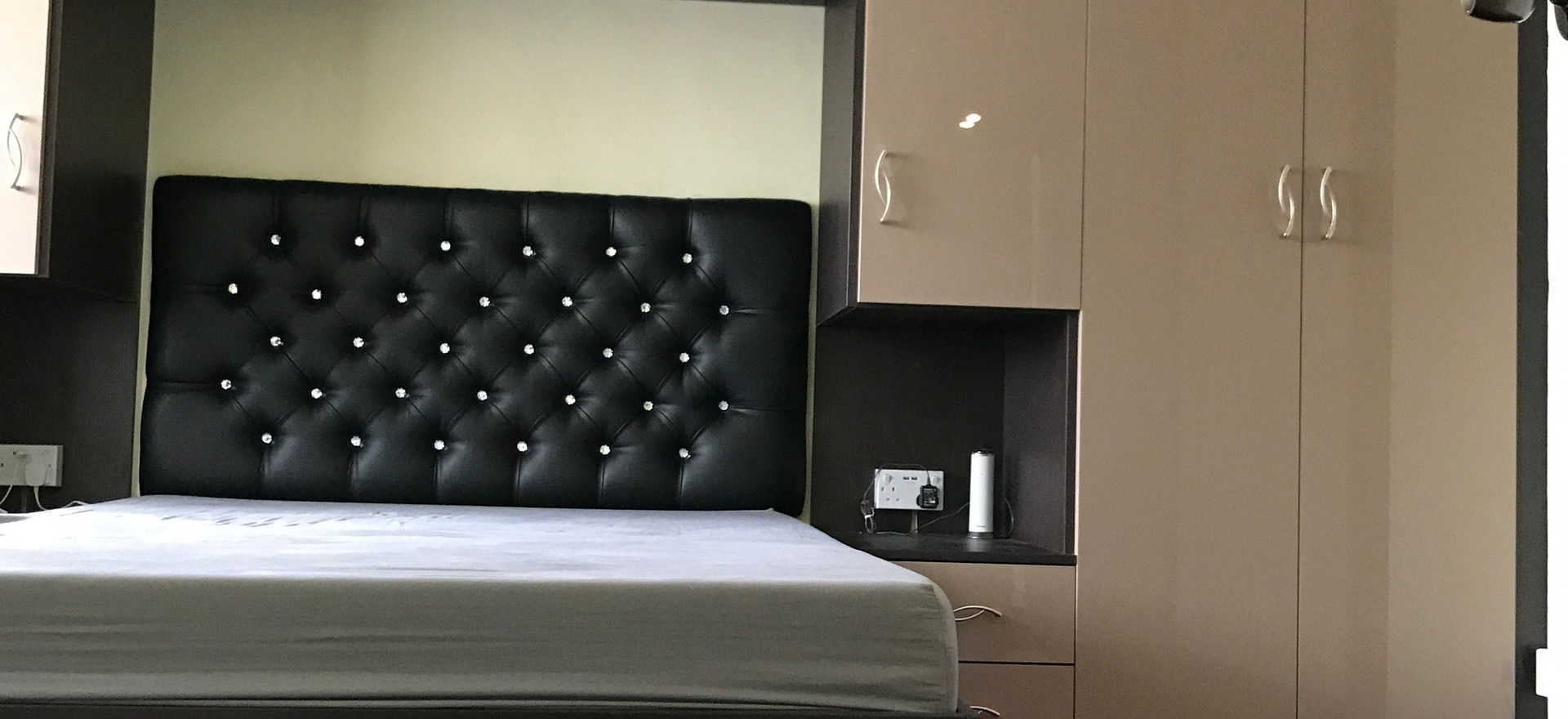 Bed and Lighting