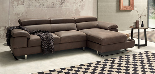 Invictus Chaise with Adjustable Headrests