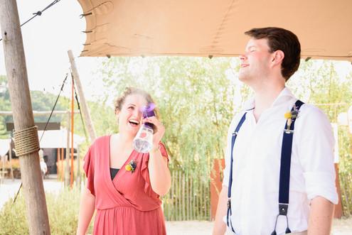 verkoeling op een warme bruiloft.jpg