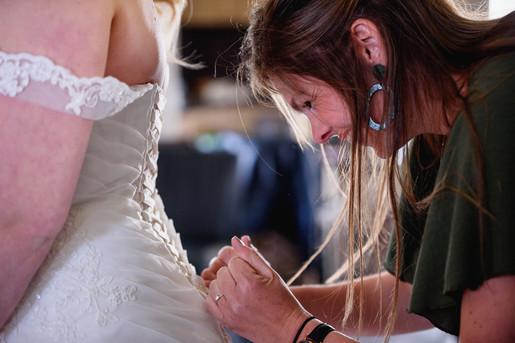 Getting ready - bruiloft vakantiepark ei