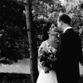 zwart wit portret bruidspaar.jpg