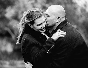 Loveshoot door Saar Fotografeert tijdens gratis kennismakingsgesprek. Trouwfotograaf uit Dordrecht