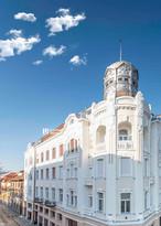 Larisa Birta_Apollo Palace Oradea.jpg