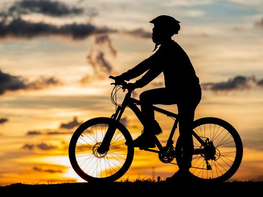 5 dicas importantes para quem gosta de pedalar a noite