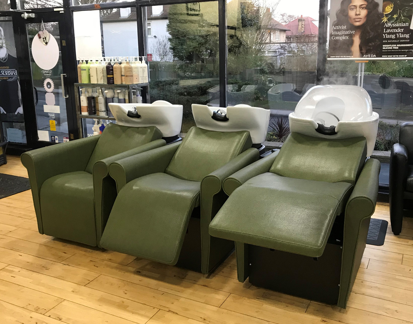 Hair _ Gilda's - Backwash Chairs.jpeg
