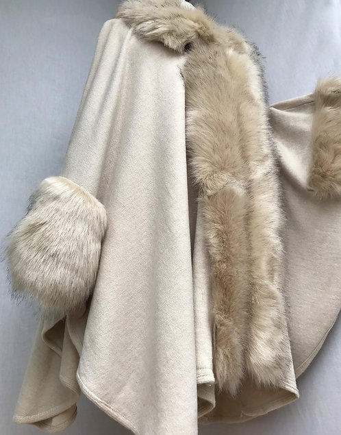Alaska Oatmeal Faux Fur Cape