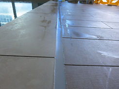 Pool expansion joint