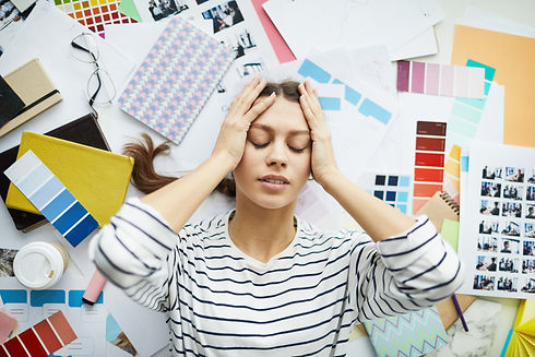 Stressed-young-woman-553077.jpg