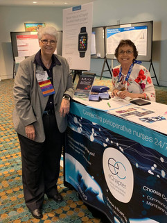 JD and Terri eChapter Booth 2019 Congres