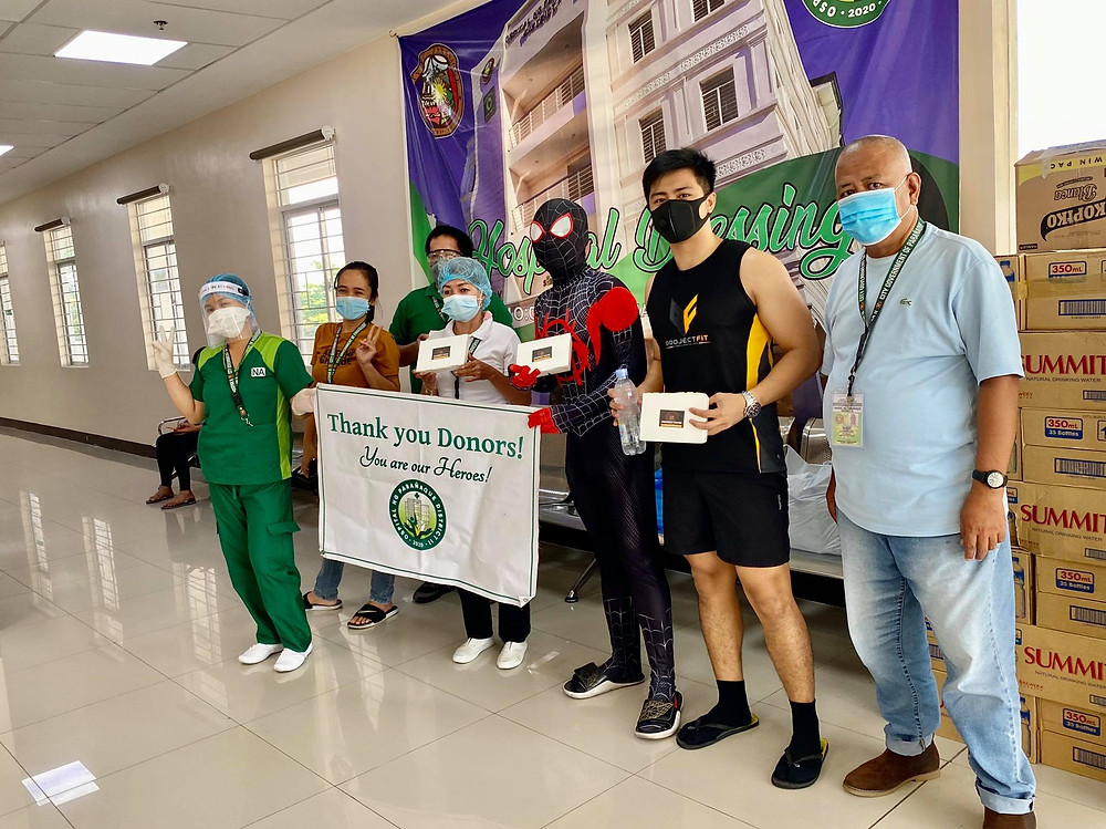 (c) Project Tapsi Team (with Spiderman?) delivering Silogs to our frontliners