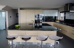 kitchen002_v1.jpg