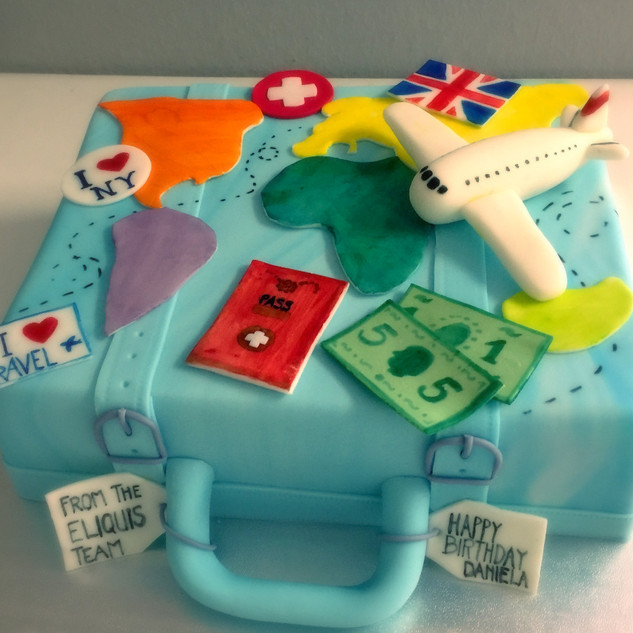 koffer cake_edited.jpg