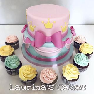Disney_Princess_Cake.jpg