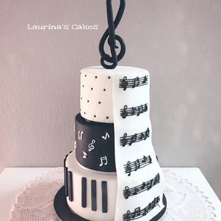 music cake.JPEG