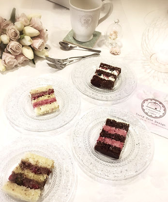 laurina's cakes cake tasting