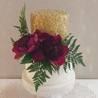 red peonie cake.jpg