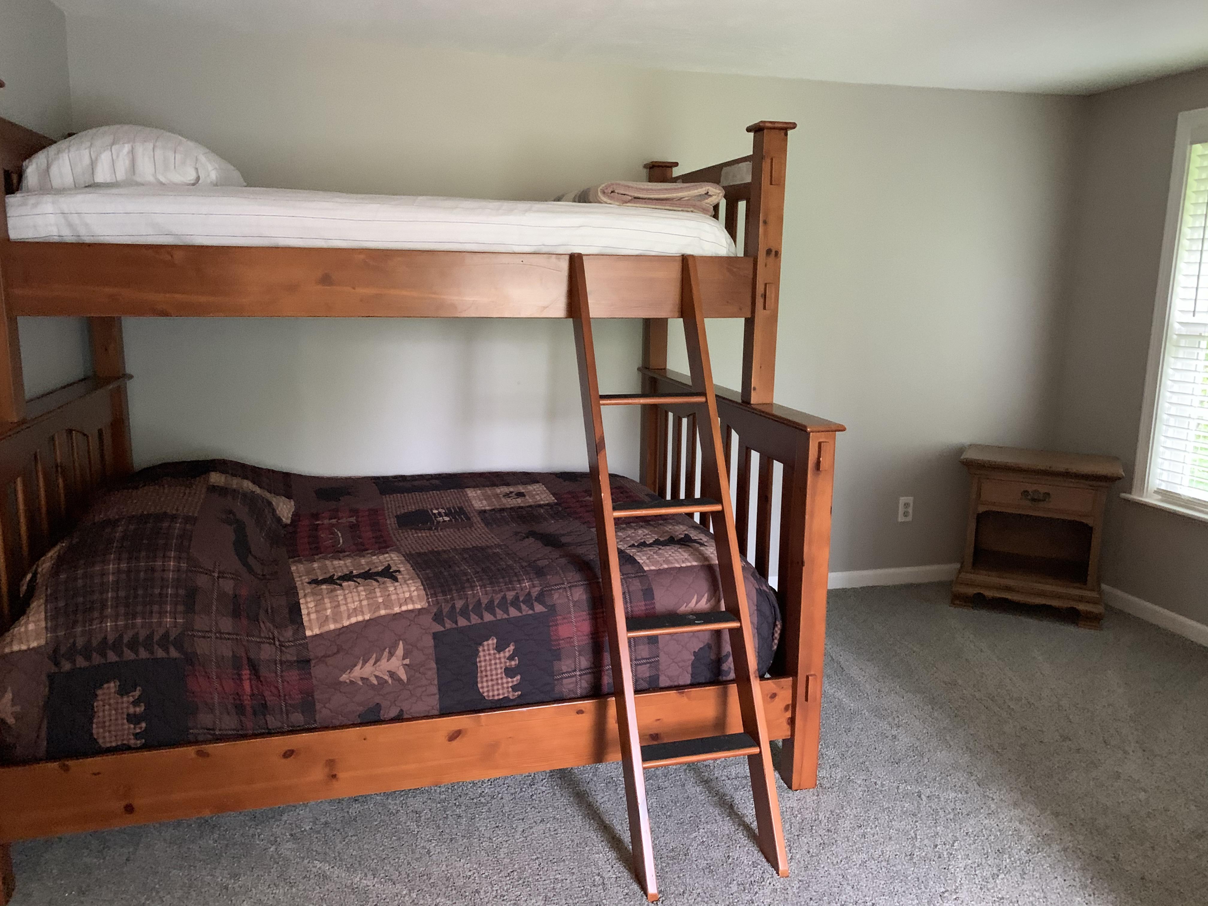 Hilltop Bedroom 2