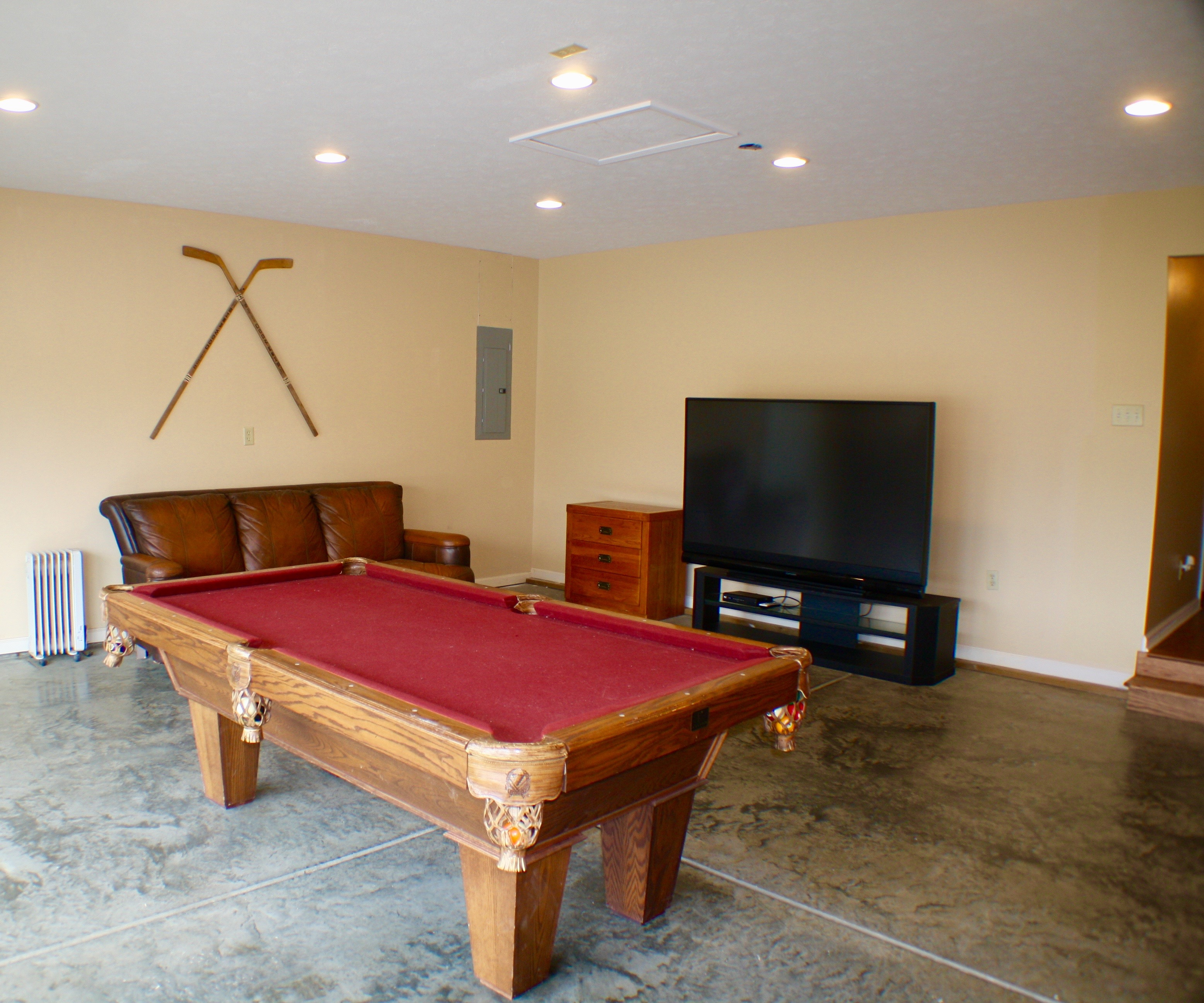 Pond House Game Room