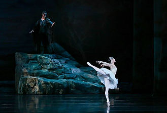 richmond ballet swan lake.jpg