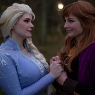 Elsa_og_anna_søstre.jpg