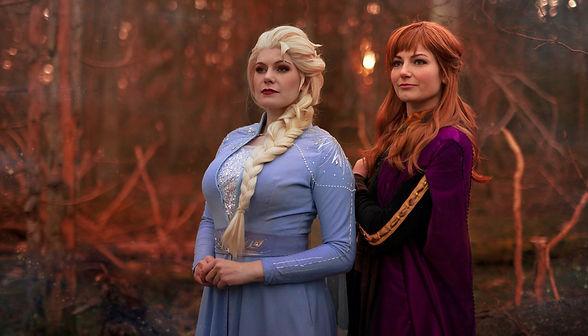 Elsa og Anna.jpg
