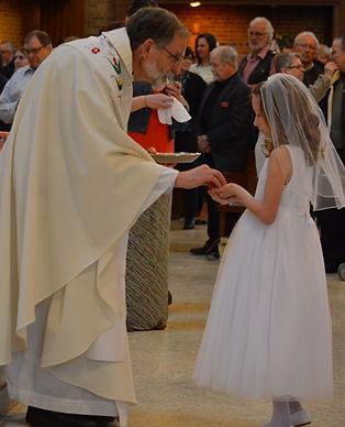 Sacrament_Eucharist_1.JPG