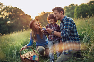 02-successful-people-after-work-family-t