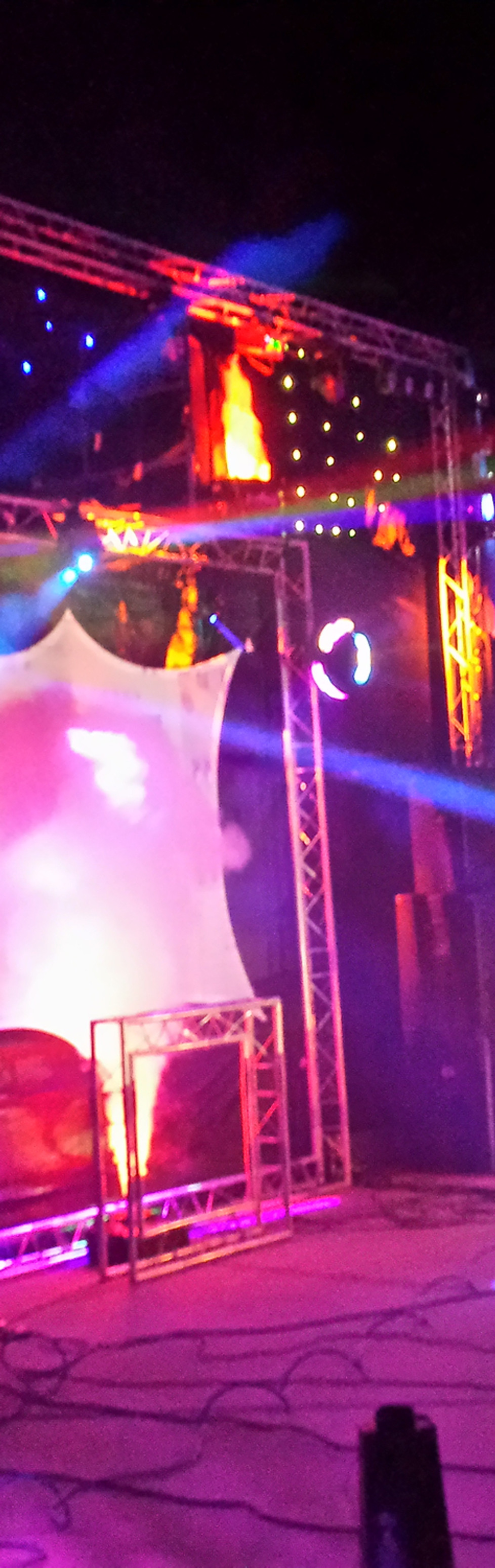Festival DJ Stage - Testing