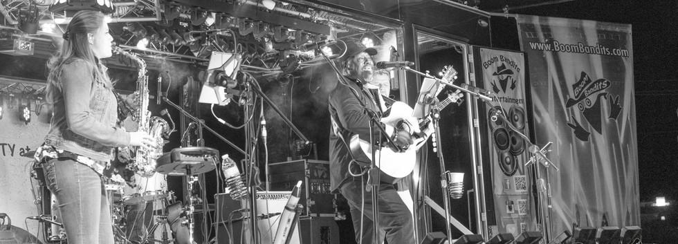Kevin Jaxson Band on the Bandit Cave