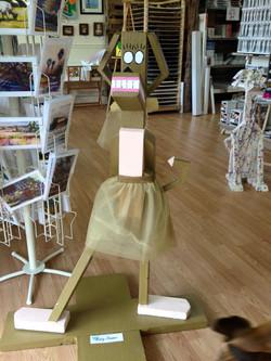 Lanza Gallery & Art Supplies