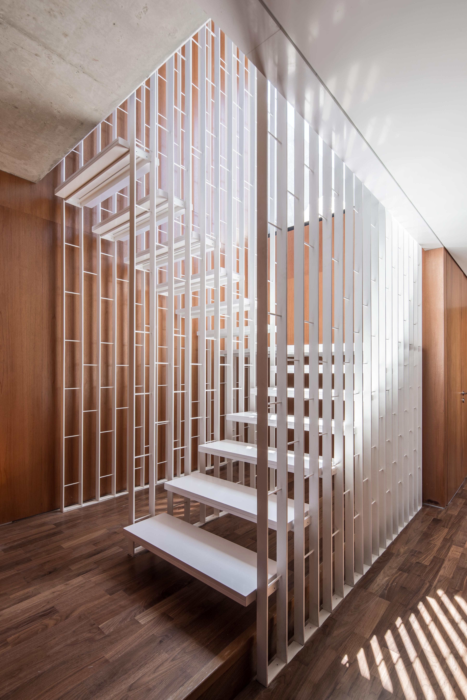 Escaleras del apartamento duplex