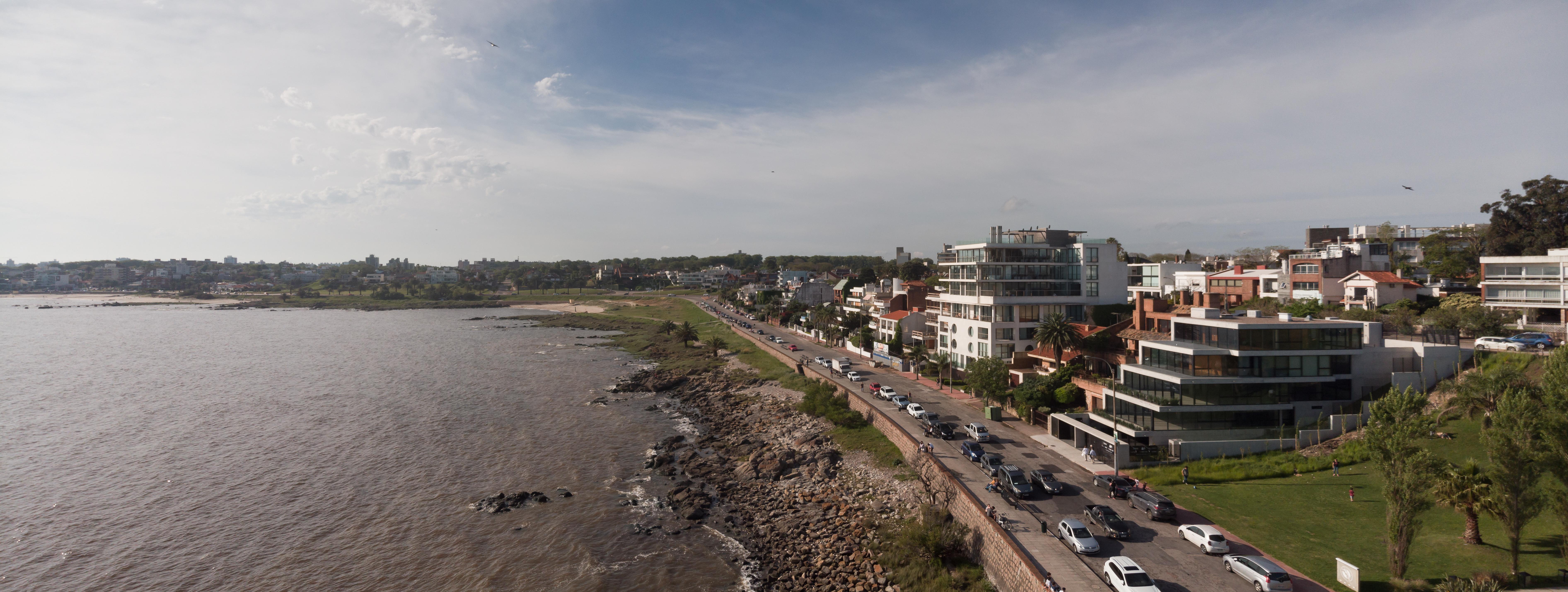 Vista aérea del Edificio y la Rambla